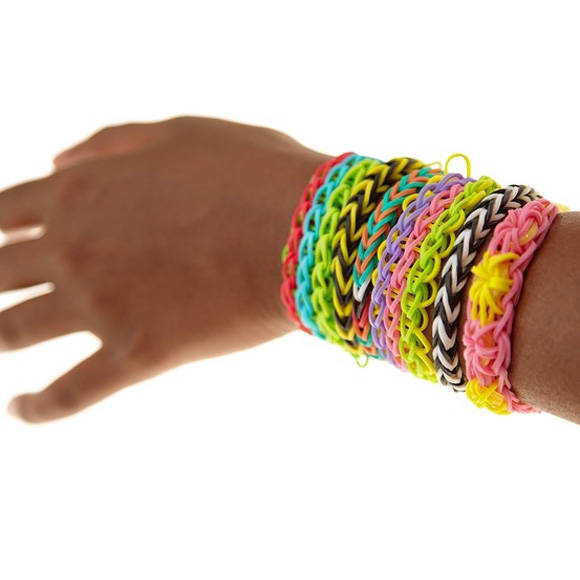 "Public Alerted on the Dangers of ""Loom Bands"""