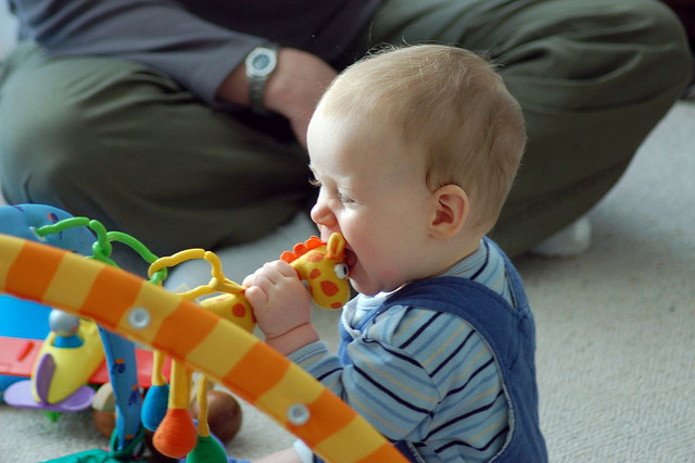 Do Toys that Sing and Light Up Really Help Your Baby Learn Better? Study Says It Depends