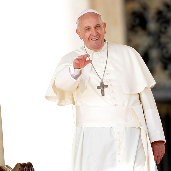 Top of the Morning: Pope Francis Wants to Welcome Back Divorced Catholics to Church
