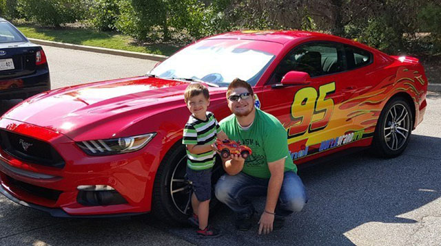 This Dad Turned His Car Into Lightning McQueen for His Cars-Loving Son