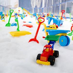 "Pinoy ""Winter Wonderland"": the Snow Playground at SM Aura"