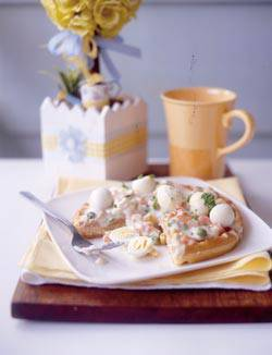 Ham & quail egg waffle ala king