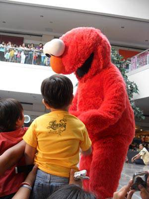 Elmo meet and greet