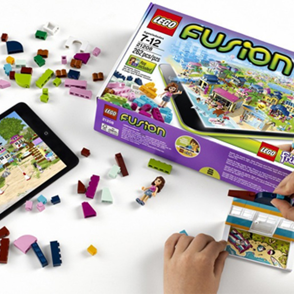 Game App + Real Toys = New LEGO Fusion