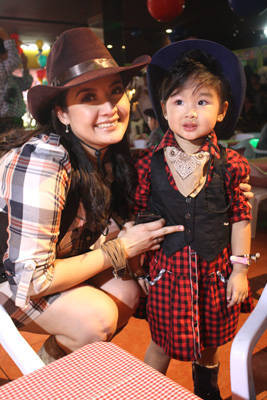 rossel and zoey taberna