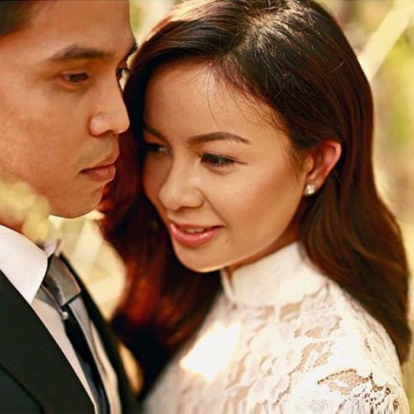 Top of the Morning: Bossa Singer Sitti Navarro Ties the Knot