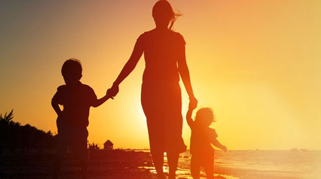 5 Ways Single Parents Can Find Self-Acceptance