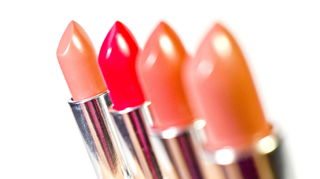 10 Amazing Lipsticks to Ace Your No-Makeup Look