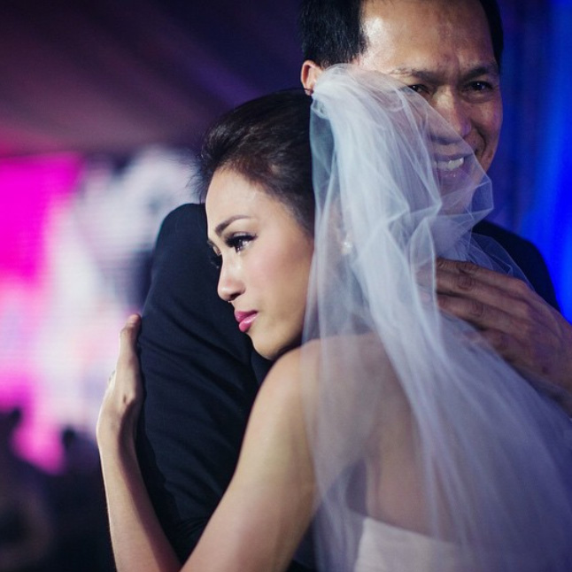 Top of the Morning: Toni Gonzaga Weds, Gets Emotional During Dance with Dad