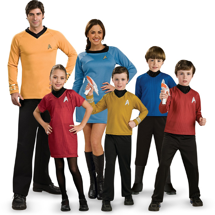 12 Easy-to-Copy Family Costumes for Halloween