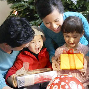 Christmas In Our Hearts: 5 Moms and their Christmas Traditions