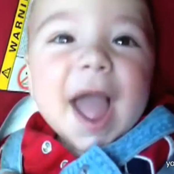 This Made our Day: Babies Go through Tunnels and their  Reactions will Boggle Your Mind