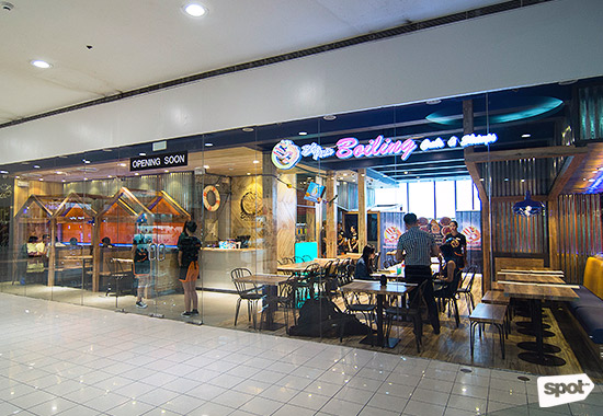 Davaos blue posts boiling crabs and shrimps is now open in manila share stopboris Images