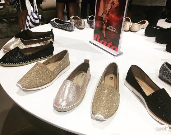 Bata Canvas Shoes For Ladies Online