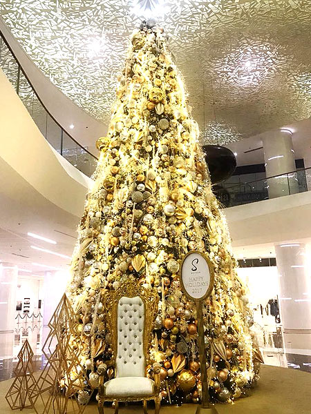 Share - Beautiful Christmas Trees In Hotels And Malls In Manila SPOT.ph