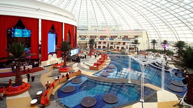 Photos Cove Manila Indoor Beach Club And Nightclub Opens