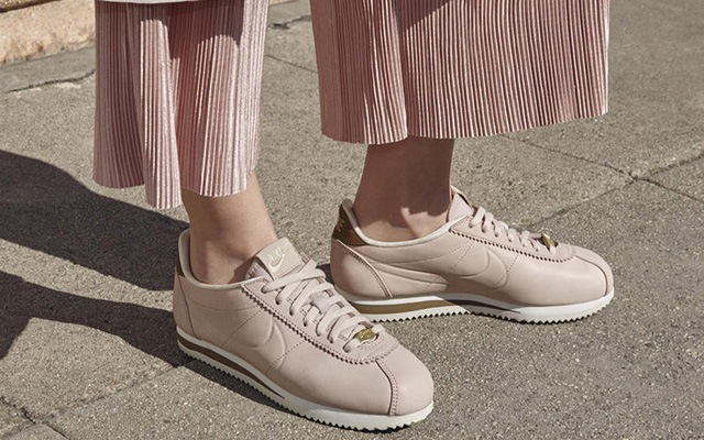 reputable site b6066 62c83 The Nike LA Cortez Sneaker Is Perfect for Pastel Lovers