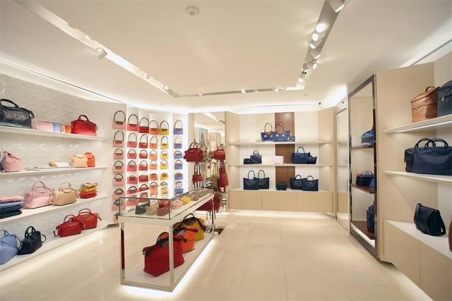 Longchamp Opens New Boutique at Rustan s Makati  04c3eeb3cf78b