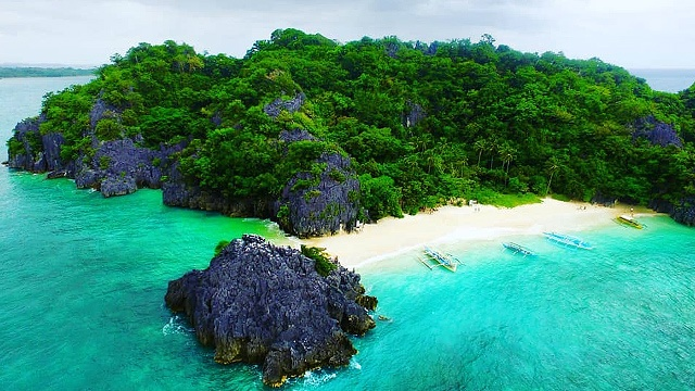 White Sand Beaches In The Philippines