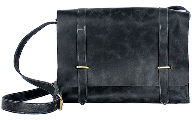 bc6851a8268 10 Great Work Bags Both Guys and Gals Will Love
