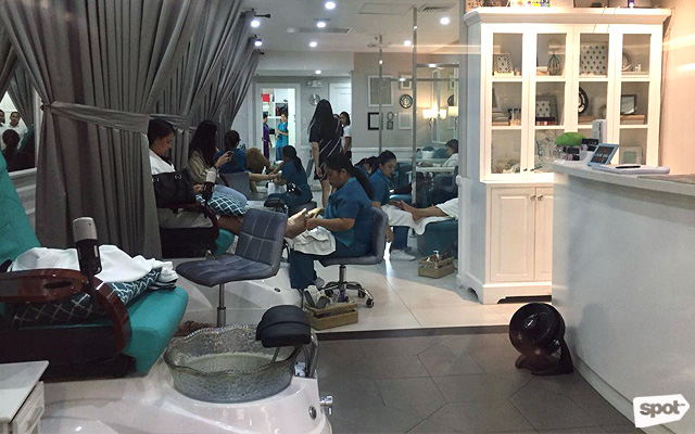 The Best Places for Gel Manicures in Manila