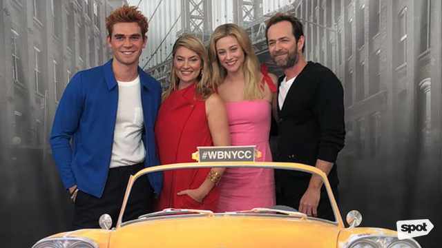 Interview With Riverdale Cast and Creator at NYCC
