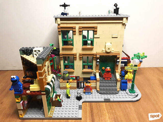 LEGO Ideas Sesame Street Set (P6,999) from LEGO Certified Store