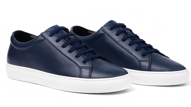 Avery Classic Low in Navy Blue