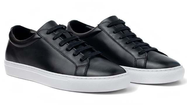 Avery Classic Low in Charcoal Black