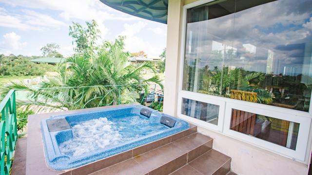 pet-friendly resort near tagaytay