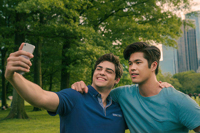 Bromance is in the air as Peter Kavinsky (Noah Centineo) and Trevor Pike (Ross Butler) explore New York City.