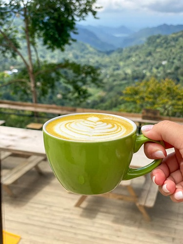 Outdoor Café's