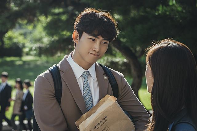 Ok Taecyeon as Jun Woo