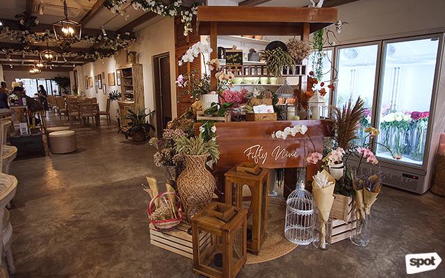 Fifty Nine Flower Cafe