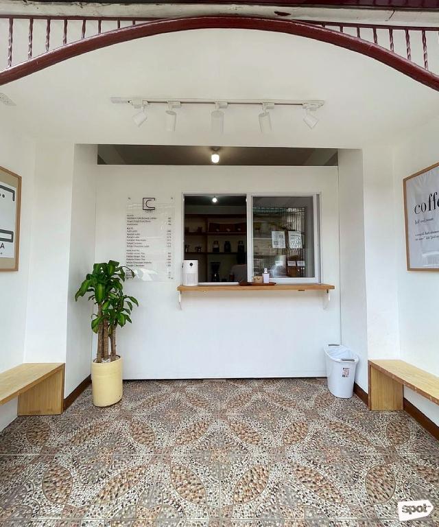 Crema MNL coffee shop