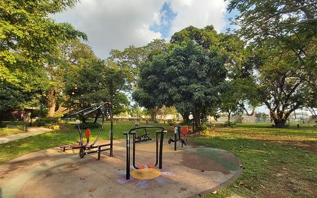 valenzuela parks