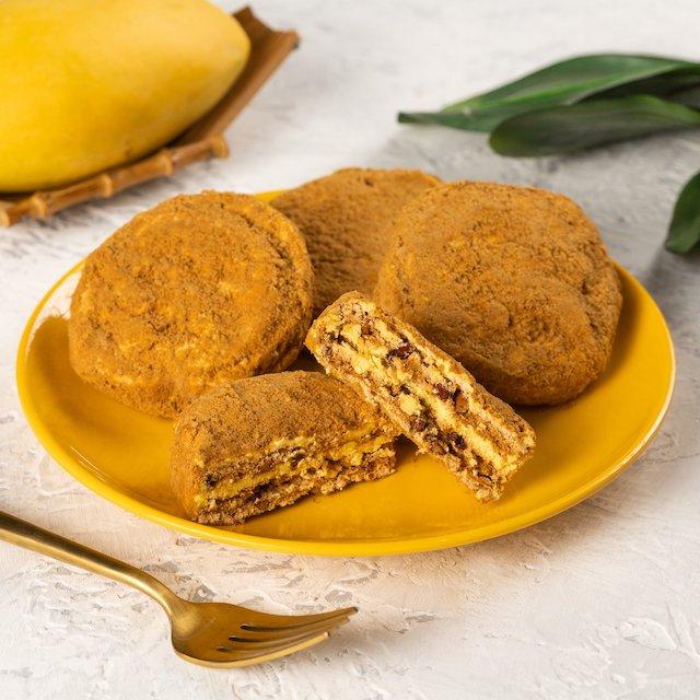 Mango desserts: Mango Silvanas by Lia's Cakes in Season