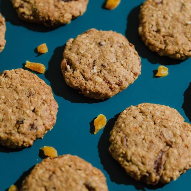 Mango desserts: Mango Oatmeal Cookies by Taste & Tell MNL