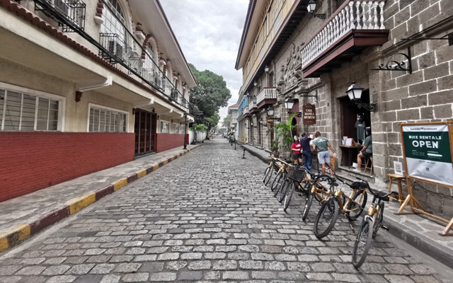 Metro Manila biking routes: Intramuros, Manila
