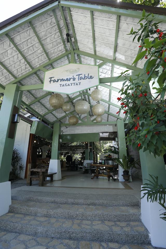 Tagaytay Restaurant: Farmer's Table entrance