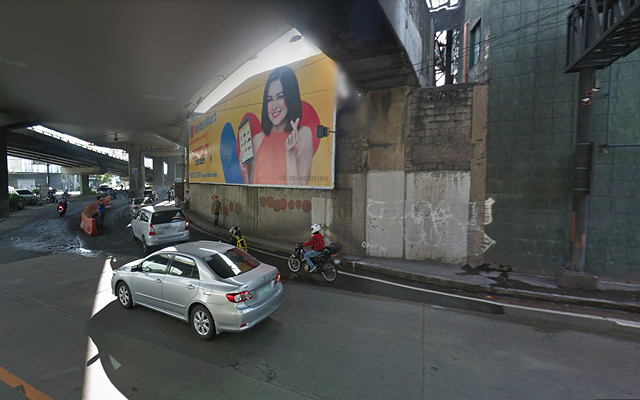 EDSA places with poor urban planning: Kalayaan Flyover, Northbound