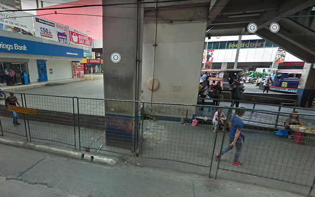 EDSA places with poor urban planning: Shaw MRT Station EDSA Sidewalk, Southbound