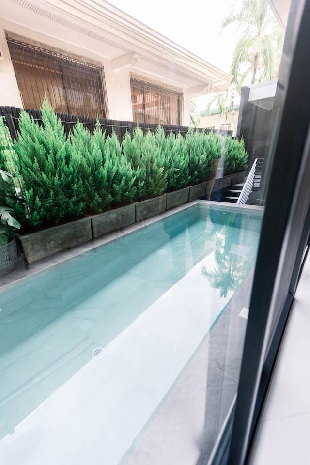 Presello House Swimming Pool