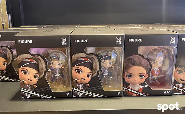 BTS mini figures