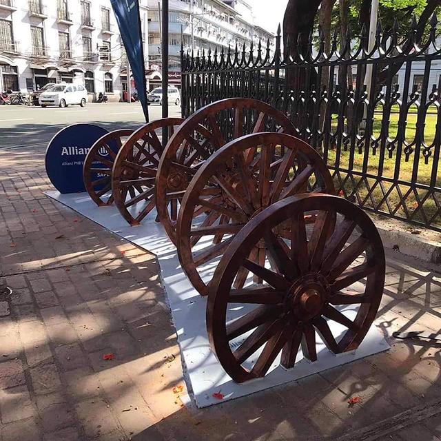 Manila Bike Racks: Kalesa