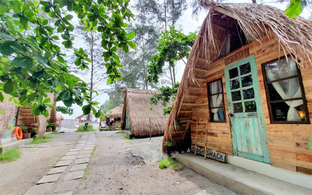 Kwentong Dagat is a vegan-friendly resort in a small fishing village in San Felipe, Zambales