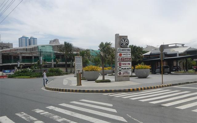 Kapitolyo in Pasig City pedestrian-friendly walkway