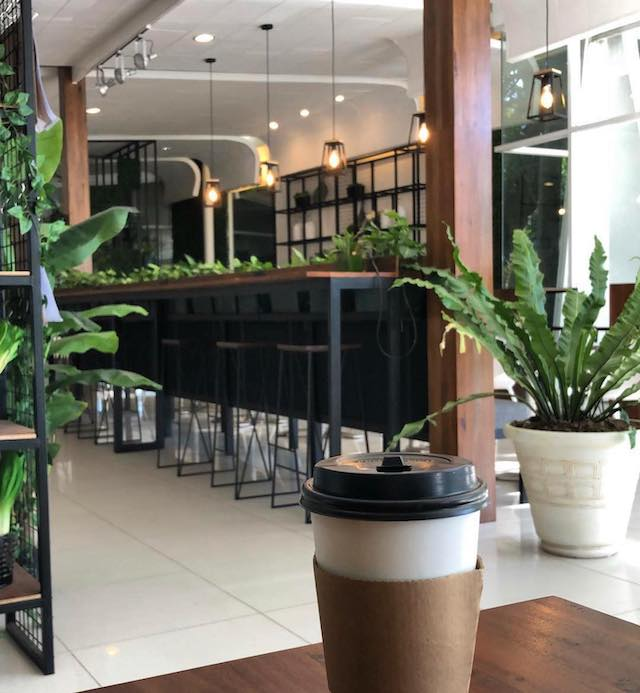 Dolce Cafe interiors