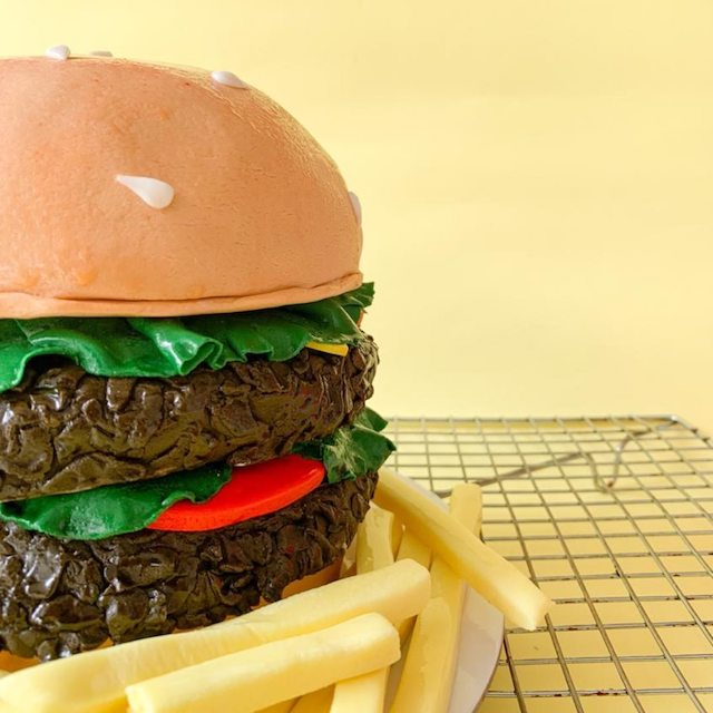 DIY Burger Kit by Cupcakes by Sonja