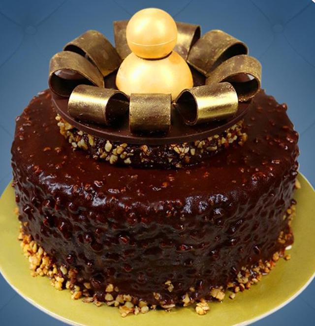 King Louis Cake by Bizu